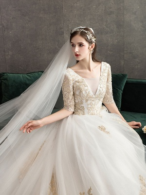 Princess Wedding Dress Ivory Lace Appilque V Neck Half Sleeve Bridal Gown With Train_2