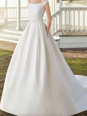 Vintage Wedding Dresses With Train Designed Neckline Sleeveless Buttons Satin Fabric Bridal Gowns_1