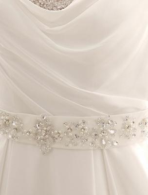Exklusives Brautkleid mit Umlegekragen und plissiertem Satin_8