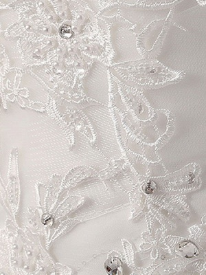 Princess-Ball-Gown-Wedding-Dresses-Strapless-Lace-Applique-Beaded-Ivory-Maxi-Bridal-Dress_8