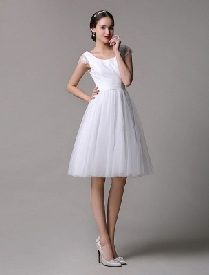 Simple Wedding Dresses Tulle Scoop Neck Knee Length Short Bridal Dress With Lace Cap Sleeves_4