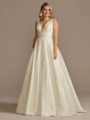 White Simple Wedding Dress Lace V-Neck Sleeveless A-Line Court Train Backless Bridal Gowns_1