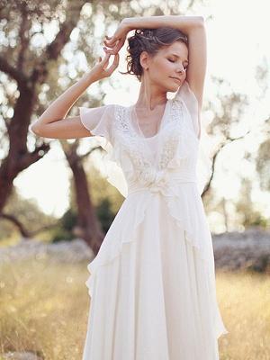 Einfaches Hochzeitskleid A-Linien-Ausschnitt Ärmellose Applikationen Chiffon Brautkleider_4