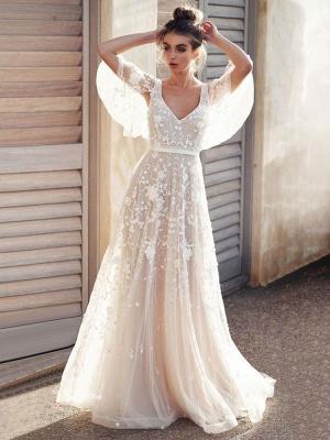 White Lace Wedding Dress V Neck A-Line Wedding Dress Short Sleeves Backless Bridal Dresses_3