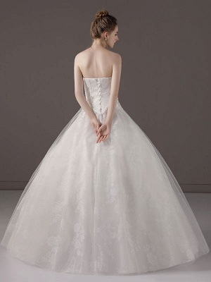 Princess-Ball-Gown-Wedding-Dresses-Strapless-Lace-Applique-Beaded-Ivory-Maxi-Bridal-Dress_6