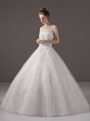 Princess-Ball-Gown-Wedding-Dresses-Strapless-Lace-Applique-Beaded-Ivory-Maxi-Bridal-Dress_4