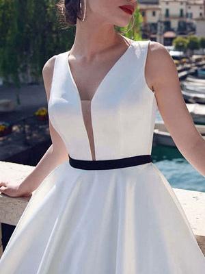 Vintage-Wedding-Dresses-V-Neck-Sleeveless-Sash-Satin-Fabric-Floor-Length-Princess-Silhouette-Bridal-Dress_3