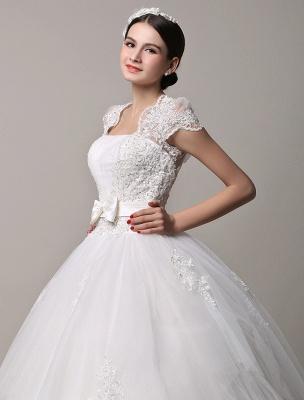 Kurzarm-Spitze-Prinzessin-Hochzeitskleid mit mehrlagigem Tüllrock Exklusiv_4