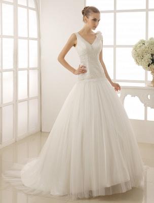 V-Neck Mermaid Brides Wedding Dress With Flowers Detailing_2