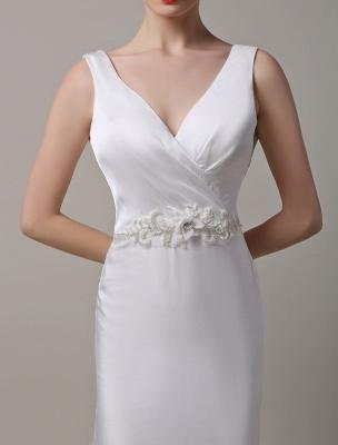 Elfenbeinfarbener Satin mit tiefem V-Ausschnitt und Wasserfallausschnitt mit verzierter Schärpe Hochzeitskleid_5