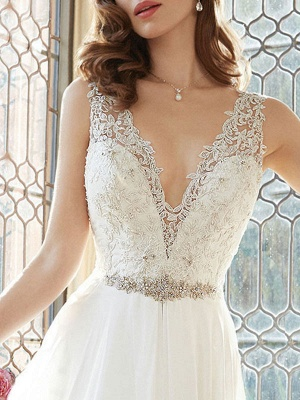 Simple Wedding Dress 2021 A Line V Neck Sleeveless Floor Length Lace Bridal Gowns_2