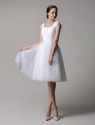 Simple Wedding Dresses Tulle Scoop Neck Knee Length Short Bridal Dress With Lace Cap Sleeves_2