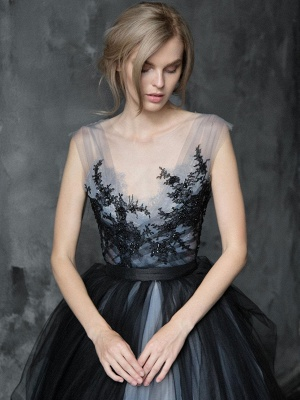 Black Gothic Wedding Dresses A-Line V-Neck Sleeveless Ball Gown Tulle Lace Bridal Gown_3