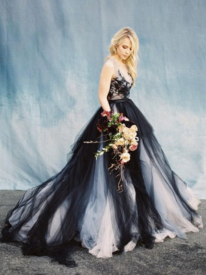 Black Gothic Wedding Dresses A-Line V-Neck Sleeveless Ball Gown Tulle Lace Bridal Gown_6