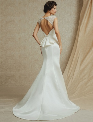 Lace Wedding Gown With Mermaid Sweep ( Veil & Accessories Are Excluded )_5