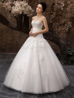 Floor-Length White Bridal Ball Gown Wedding Gown With Sweetheart Neck Applique_3