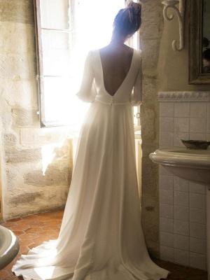 Weiße Brautkleider mit Zug A-Linie bodenlangen 3/4 Ärmeln Plissee V-Ausschnitt Brautkleider_3