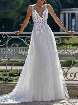 Simple Wedding Dress 2021 A Line V Neck Straps Sleeveless Lace Appliqued Tulle Bridal Gown_1