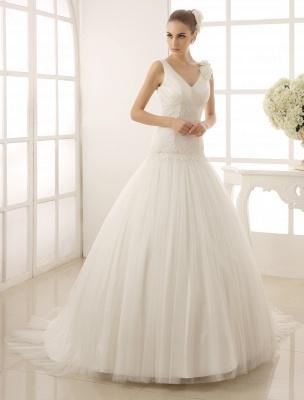 V-Neck Mermaid Brides Wedding Dress With Flowers Detailing_1