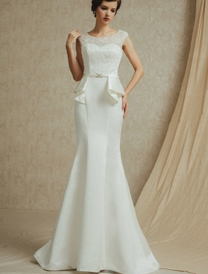 Lace Wedding Gown With Mermaid Sweep ( Veil & Accessories Are Excluded )_3