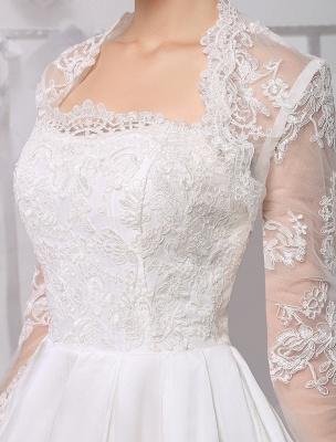 Knielanges Brautkleid aus Satin und Spitze mit Spitze, Langarm-Wrap Exklusiv_10