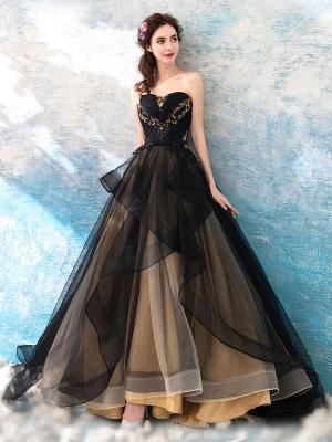 Gothic Brautkleider Prinzessin Silhouette Ärmellos Plissee Tüll Sweep Brautkleid_3