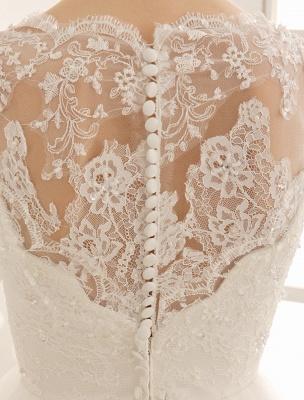 Brautkleid mit Bateau-Ausschnitt und Kapellenschleppe_8