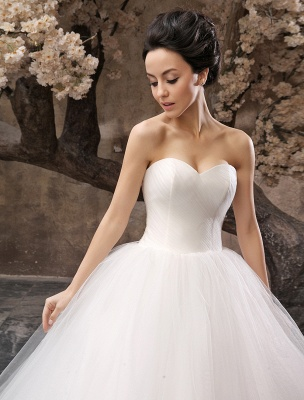 Princess Wedding Dresses 2021 Ball Gown White Maxi Strapless Sweetheart Neckline Tulle Floor Length Bridal Gowns_5