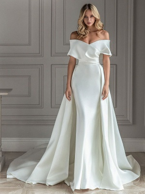 White Vintage Wedding Dress With Train Satin Off The Shoulder Wedding Dress Pleated Mermaid Bridal Gowns