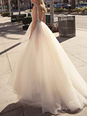 Bridal Dress 2021 A Line V Neck Sleeveless Beaded Court Train Front Split Tulle Bridal Gowns_2