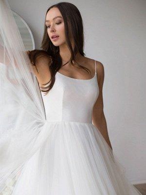 Robe de mariée blanche conçue décolleté sans manches dos nu fermeture éclair à plusieurs niveaux avec train tulle longues robes de mariée_3