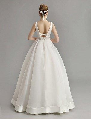 Vintage-inspiriertes Brautkleid mit tiefem V-Ausschnitt und Schleife, verziert mit Cut Out Back_7