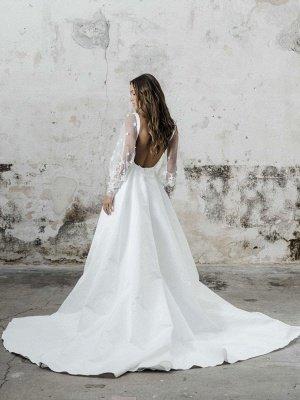 Robe de mariée simple blanche A-ligne col carré manches longues dos nu appliques découpes fendues devant longues robes de mariée_2
