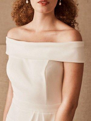 Simple Wedding Dress Black Stretch Crepe Bateau Neck Short Sleeves Pleated Sheath Bridal Gowns_3