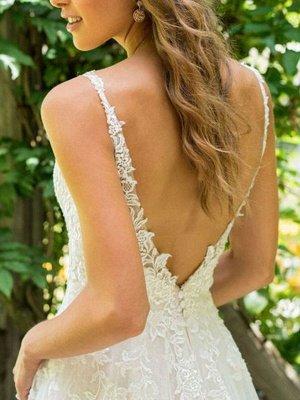 Simple Wedding Dress 2021 A Line V Neck Sleeveless Floor Length Beach Bridal Dresses With Train_4