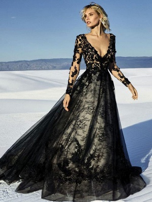 Black Wedding Dresses Lace Princess Silhouette Long Sleeves Natural Waist Lace Court Train Bridal Gown_3