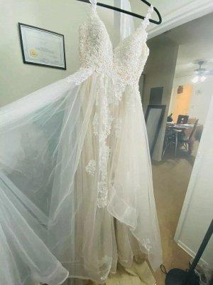 Brautkleider A-Linie V-Ausschnitt Ärmellose Spitze Applizierte Brautkleider Mit Zug_6
