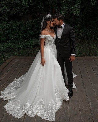 Off The Shoulder Appliques Sheath Wedding Dresses | Sweetheart Tulle Bridal Gowns with Lace Detachable Train_5
