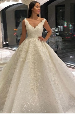 Luxury Lace Appliques Straps A-line Ball Gown Wedding Dress_1