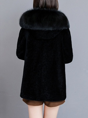 Pockets Buttoned Paneled Fur and Shearling Coat_4