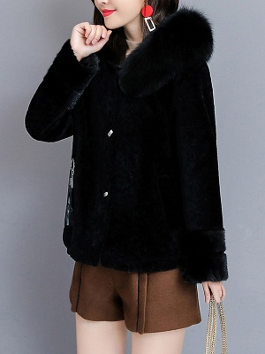 Pockets Buttoned Paneled Fur and Shearling Coat_10