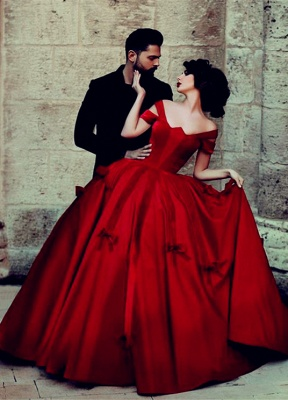 Ball Gown Wedding Dress Cheap Off The Shoulder Burgundy with Bowknots Floor Length Bridal Gowns_1