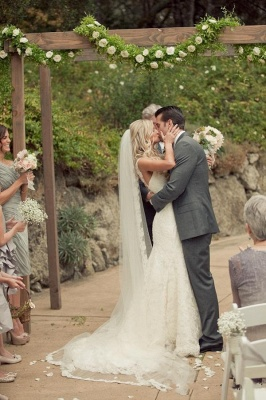 Mermaid Vintage Lace Appliques Straps Wedding Dresses Cheap with Court Train_4