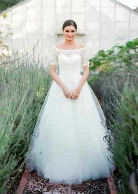 New Arrival Bateau Short Sleeve Lace Wedding Dresses A-Line Tulle Plus Size Bridal Gown_1