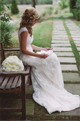 Close-fitting Seaside Outdoor Wedding Dresses   Sleeveless Lace Summer Beach Bridal Dresses_1