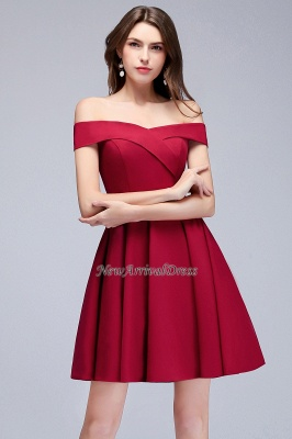 Sweetheart Length A-Line Off-the-Shoulder Knee Homecoming Dresses_2