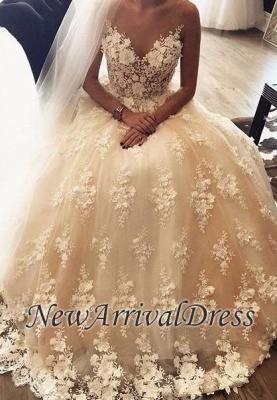A-Line Sweep Train Lace Appliques Exquisite 3D-Floral Sweetheart Wedding Dresses_1