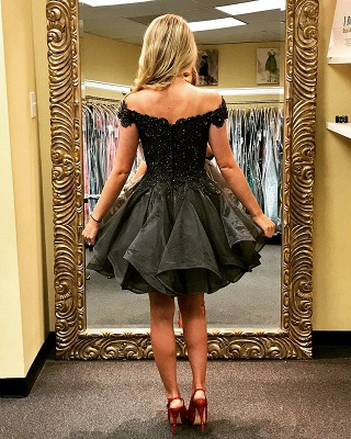 Delicate Black Off-the-shoulder Beads Homecoming Dress   Short Zipper Party Gown_4