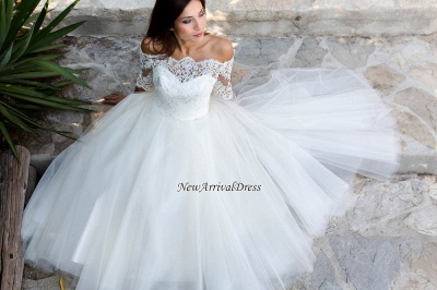 Ball Gown Simple Floor-length Half-sleeves Sexy Off The Shoulder Wedding Dresses_1