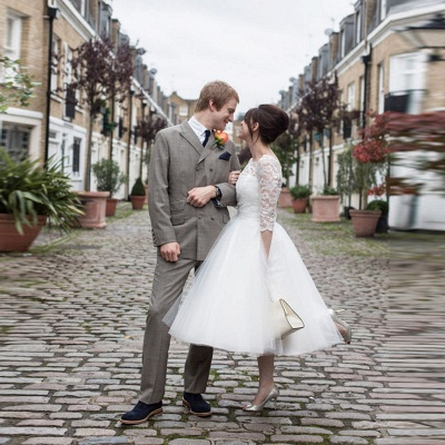 Tulle Designer Lace Appliques New Arrival Tea Length Charming Wedding Dresses_3
